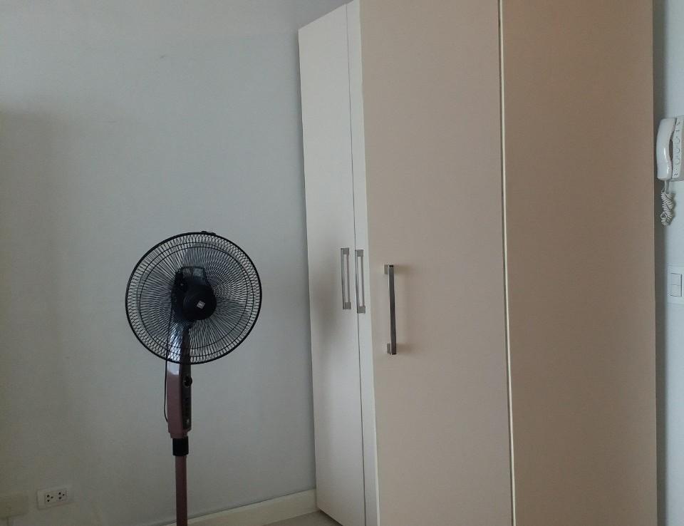 Studio Condo For Rent, Red Oak, Two Serendra 5