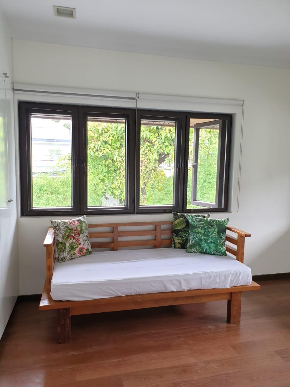 4 Bedrooms House For Sale, Ayala Alabang 11