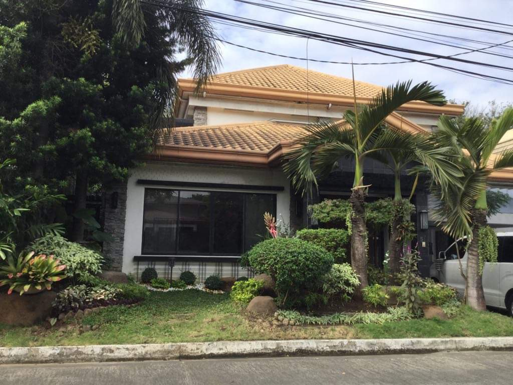 4 Bedroom House For Rent, Sampaguita Street Valle 2 Front View