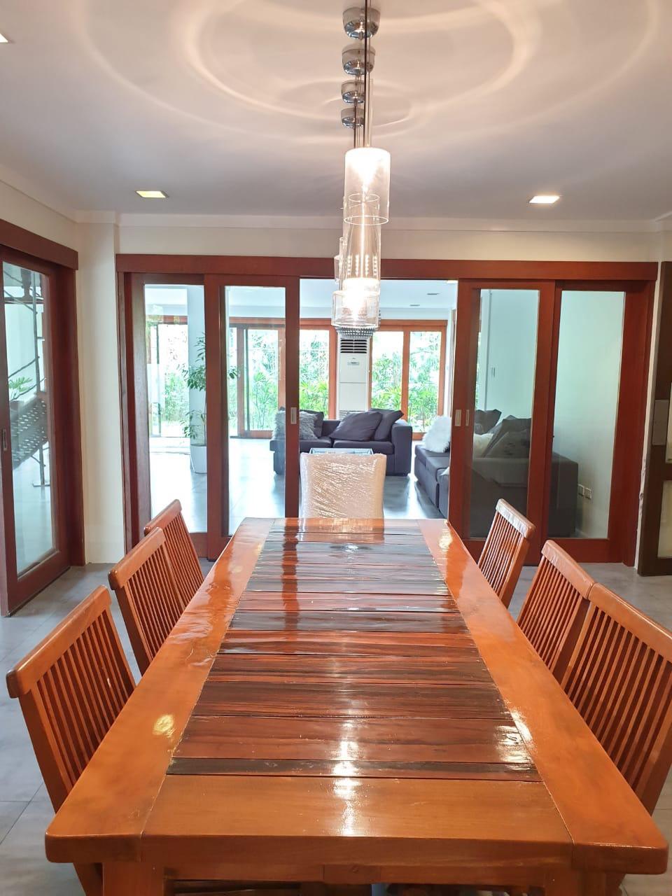 4 Bedrooms House For Sale, Ayala Alabang 9