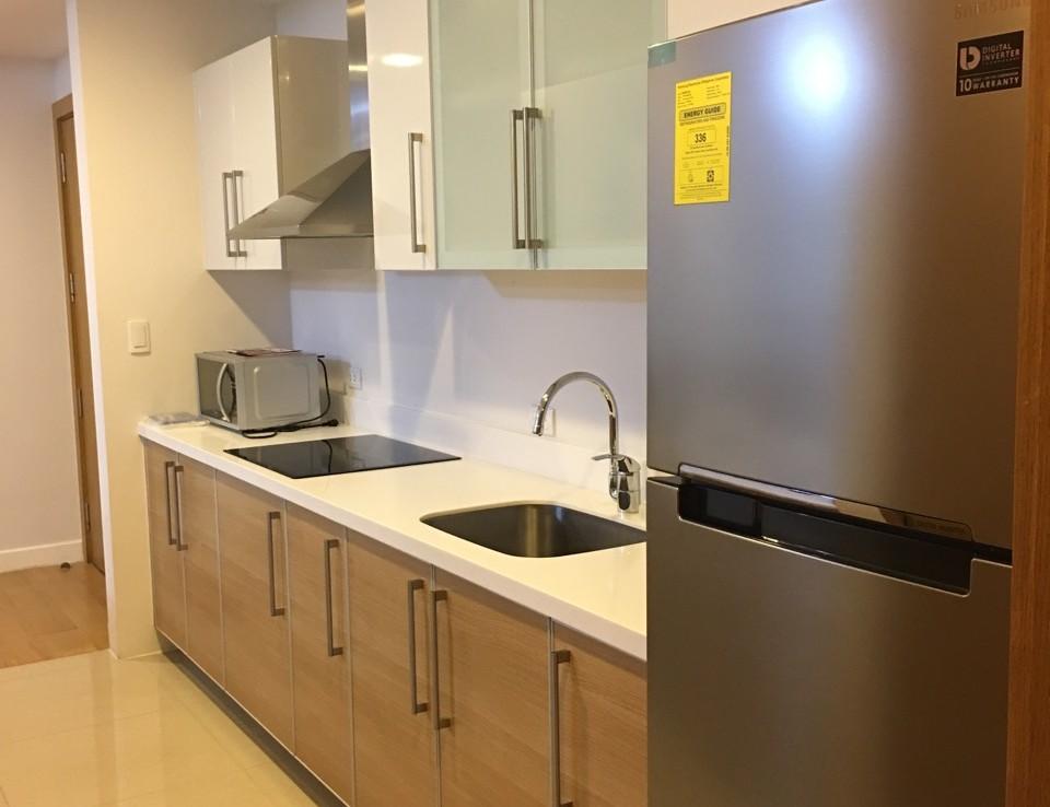 1BR Condo For Rent, Park Terraces Kitchen 2