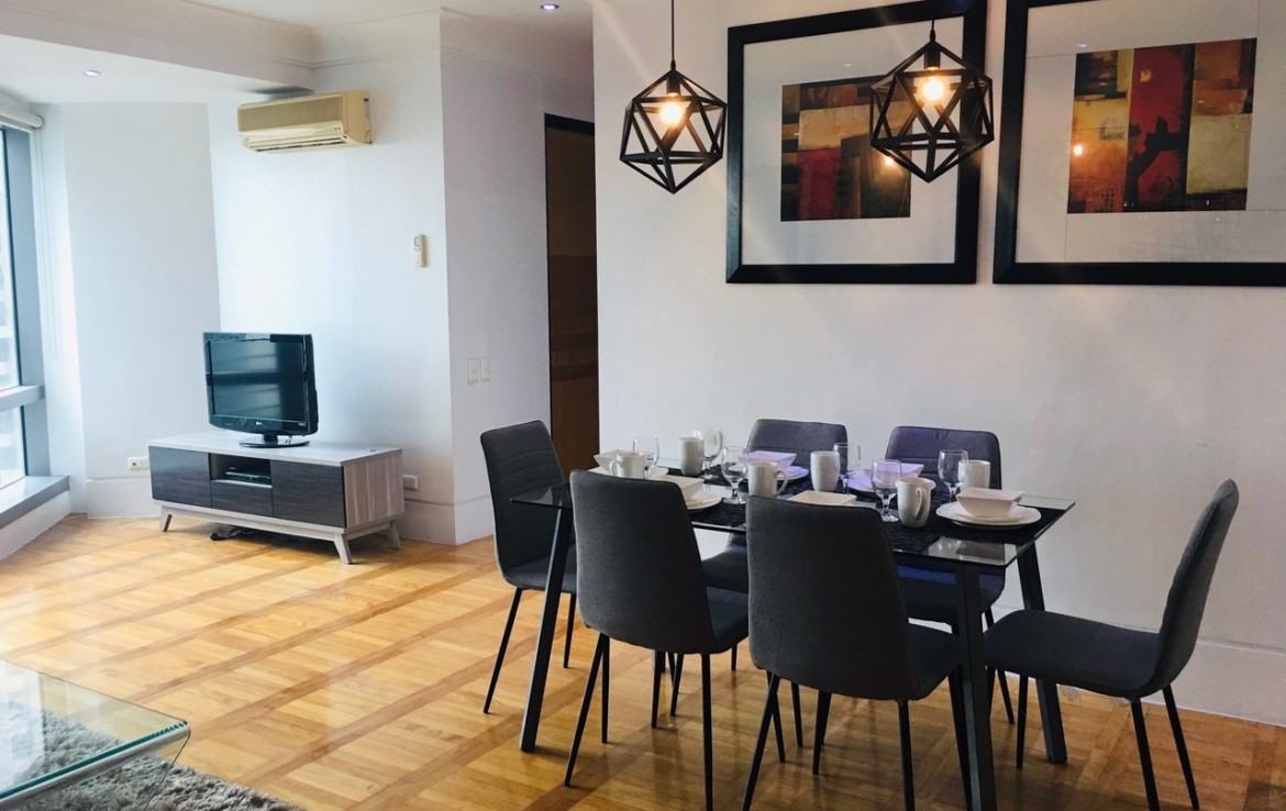 2BR Condo For Rent One McKinley Place, BGC 2
