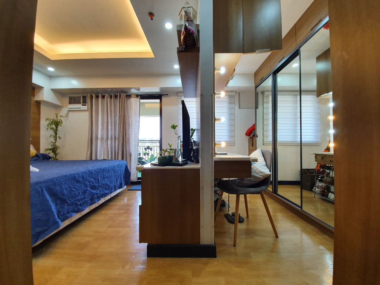 2BR Condo For Sale, Royal Palm Residences, Acacia Estate 4