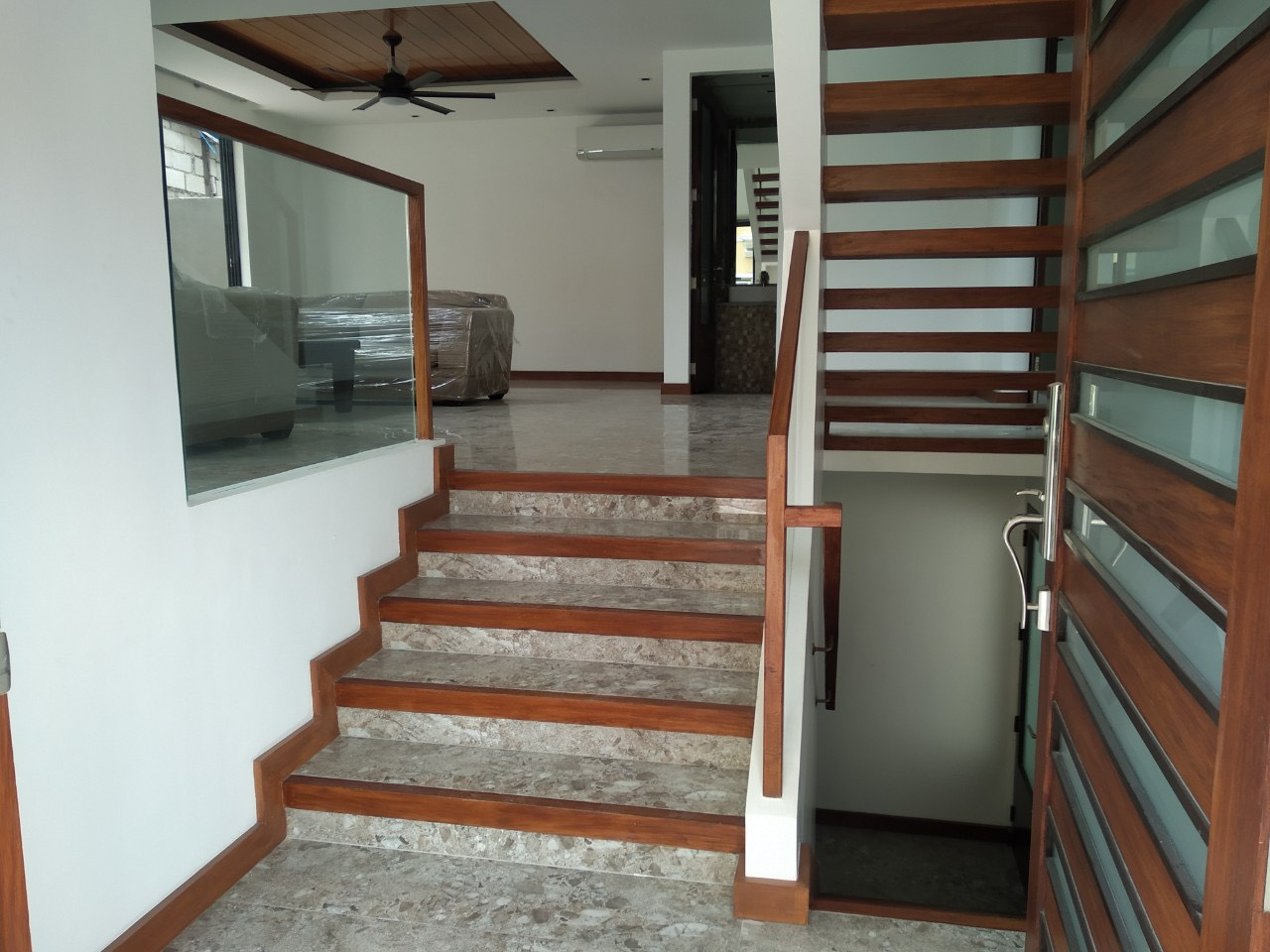 5BR House For Lease, McKinley Hill Village 3
