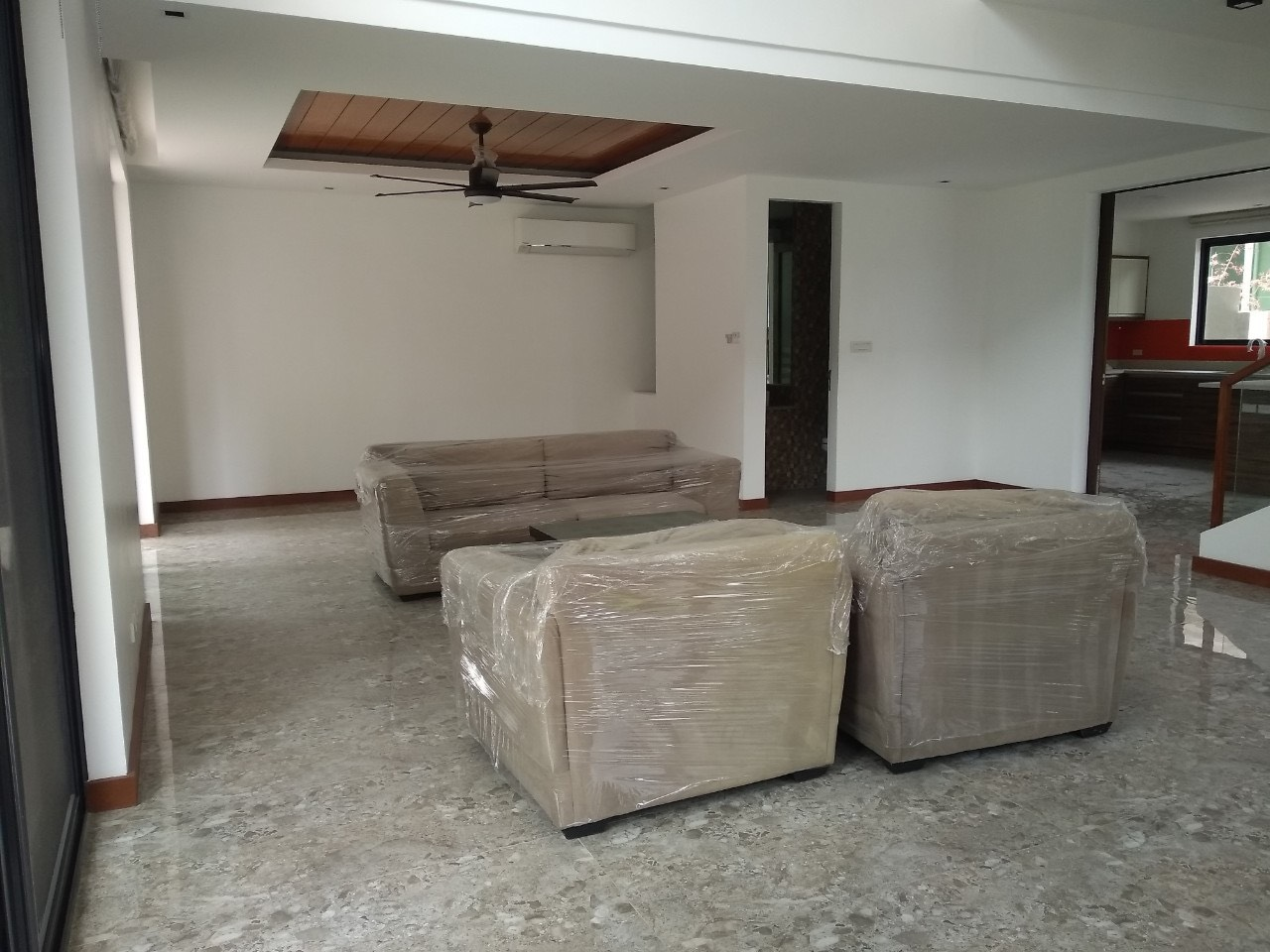 5BR House For Lease, McKinley Hill Village 4