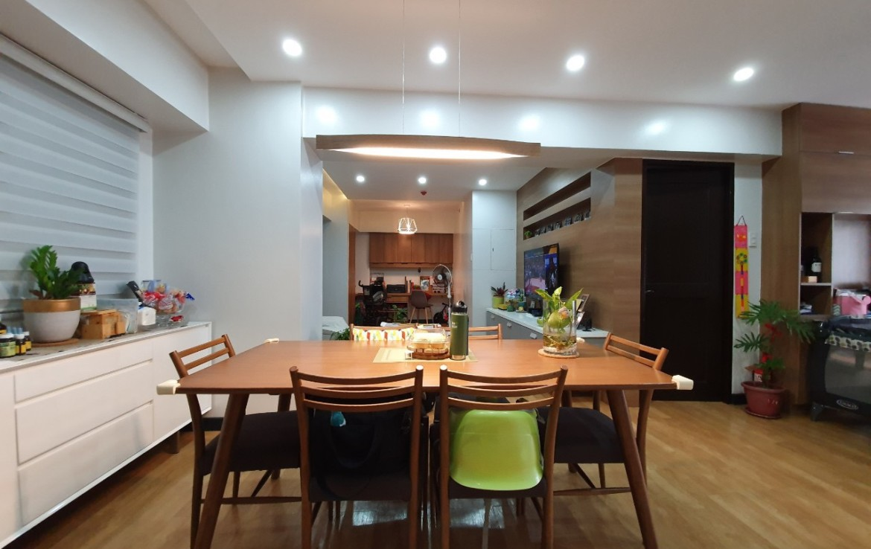 2BR Condo For Sale, Royal Palm Residences, Acacia Estate 6