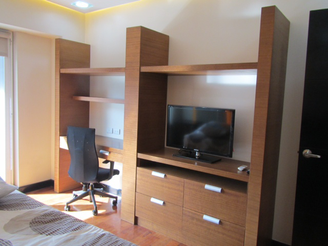 2 Bedroom Condo For Lease, Palm One Serendra 5