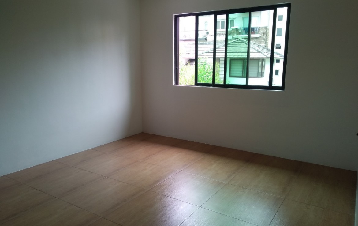 5 Bedrooms House For Rent, McKinley Hill Village 14
