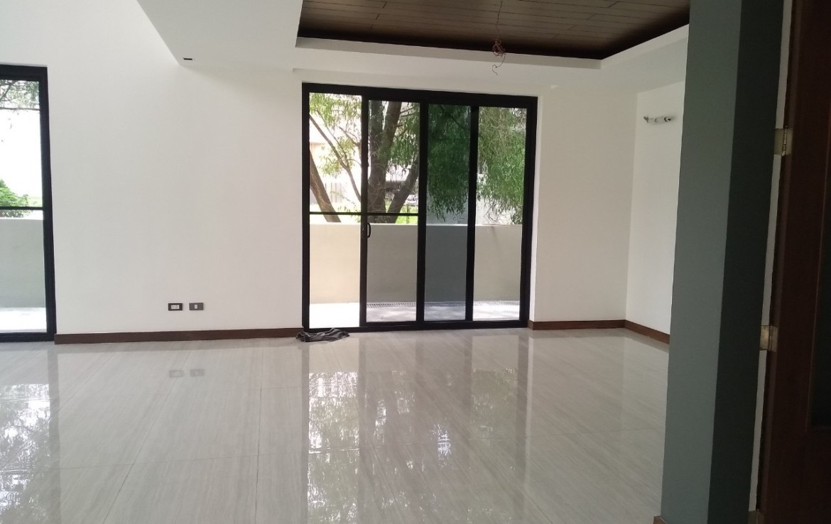 5BR House For Lease, McKinley Hill Village - 10