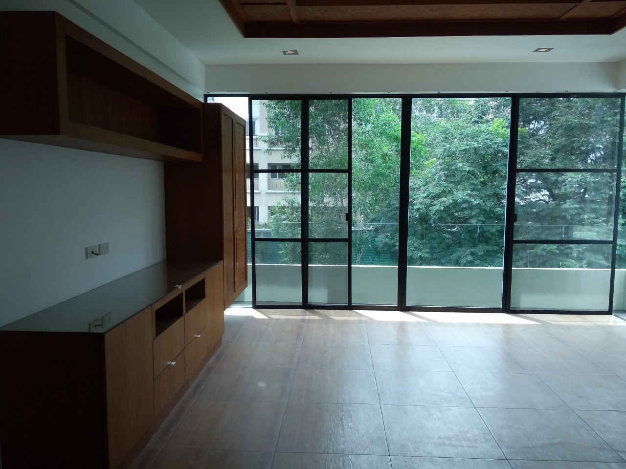 5 Bedrooms House For Rent, McKinley Hill Village 9