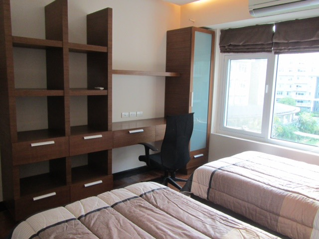 2 Bedroom Condo For Lease, Palm One Serendra 2