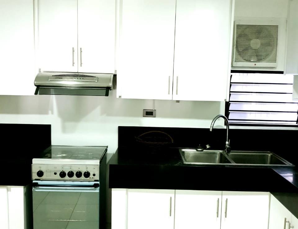 3BR Condo For Sale, Le Metropole Condominium, Makati City 7
