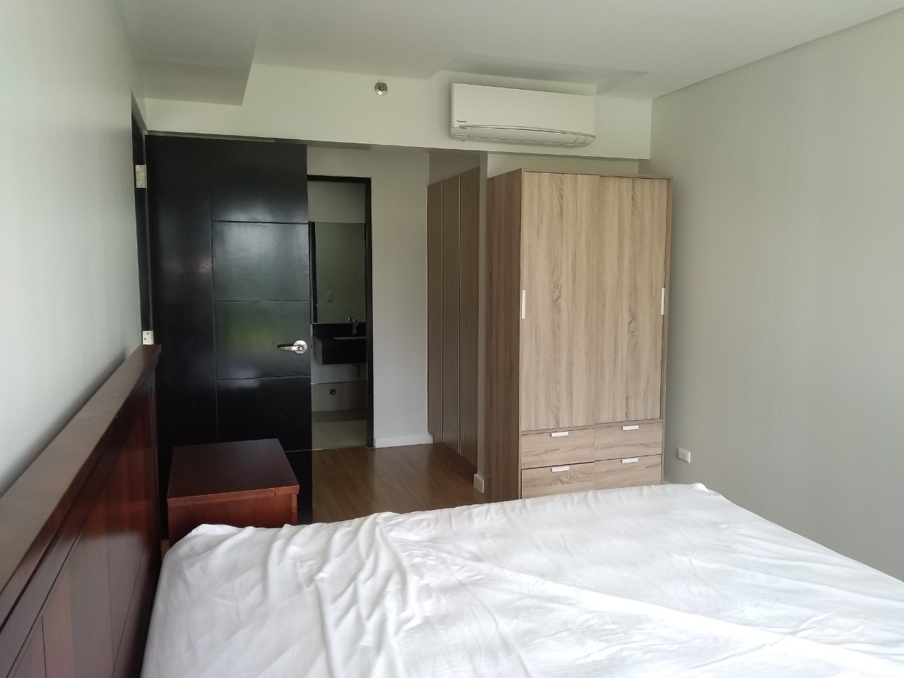 3BR Condo For Lease, The Sequoia at Two Serendra 8
