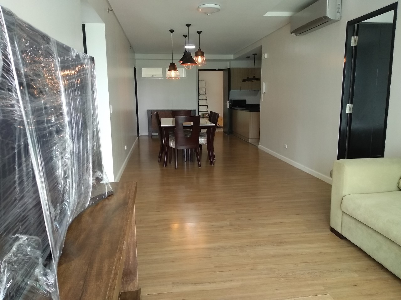 3BR Condo For Lease, The Sequoia at Two Serendra 1