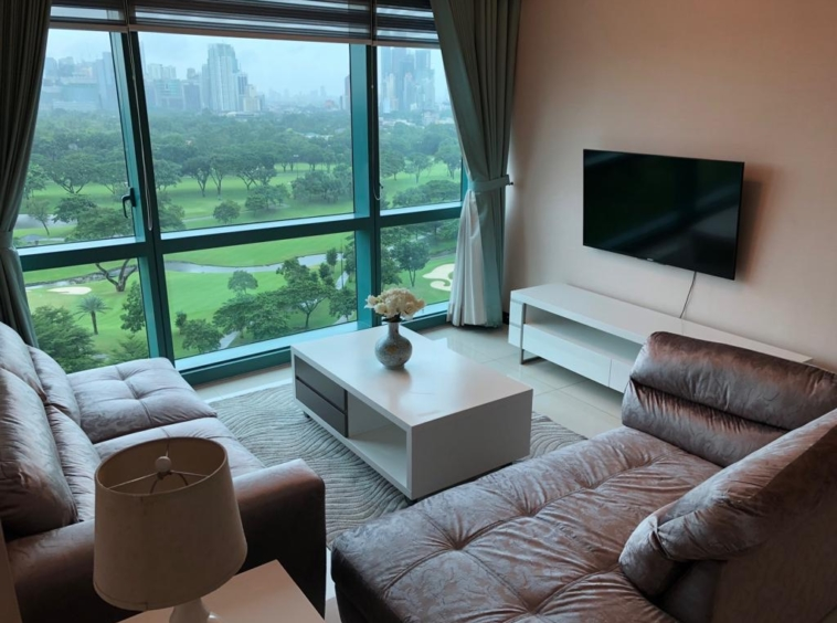 2BR Condo For Lease, 8 Forbestown Road, Taguig City
