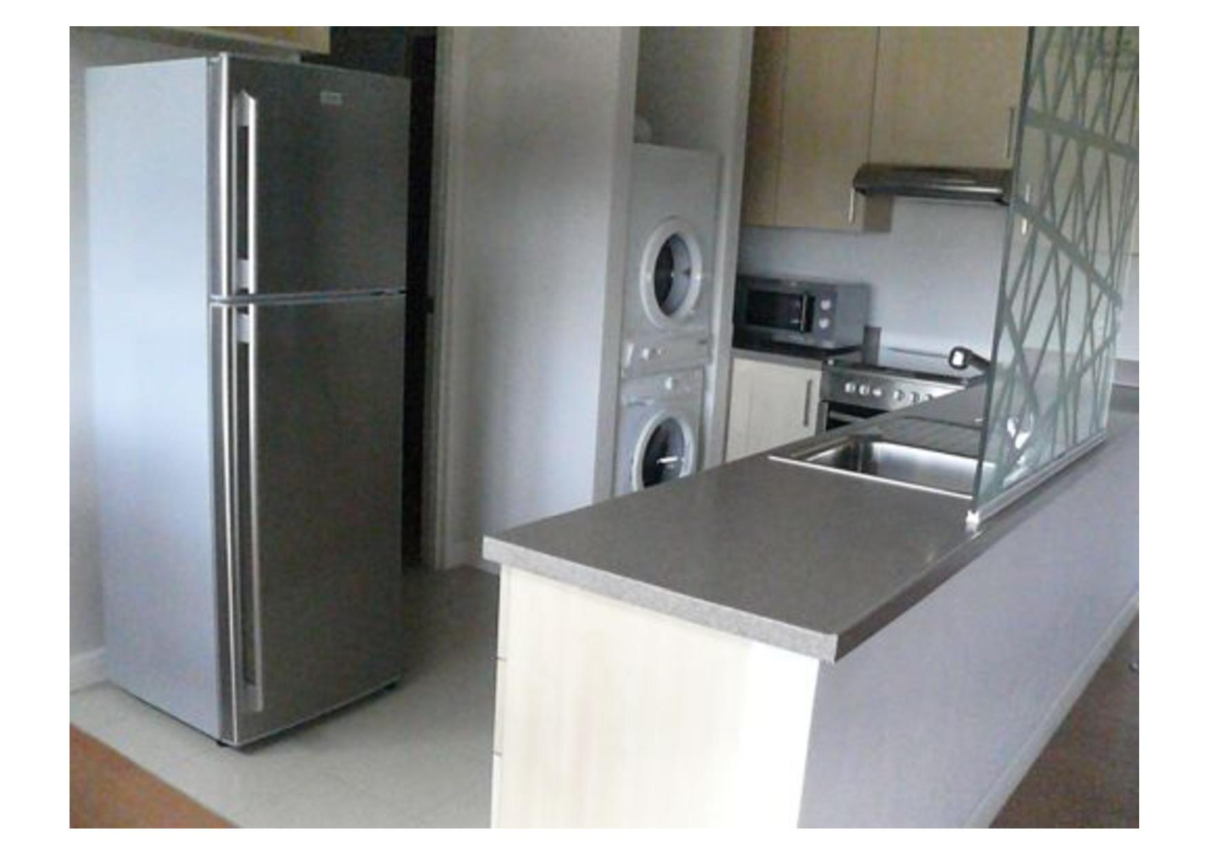 3BR Condo For Lease, One Rockwell West 7