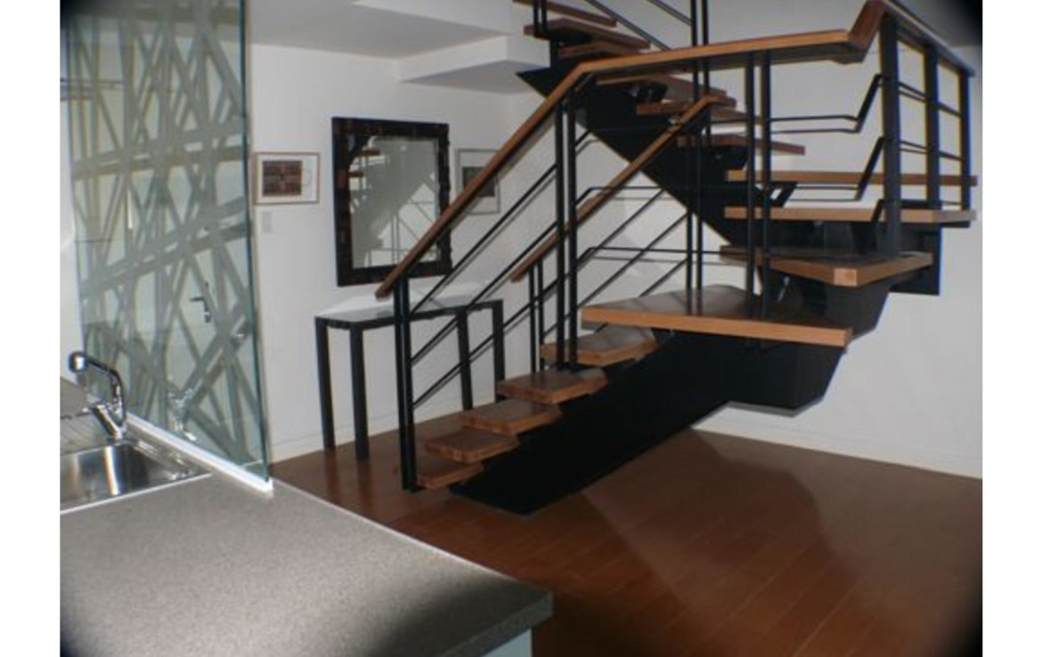 3BR Condo For Lease, One Rockwell West 9