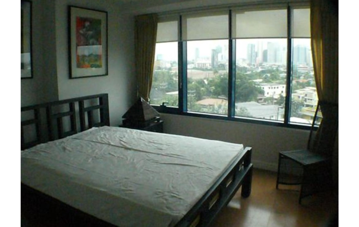 3BR Condo For Lease, One Rockwell West 13