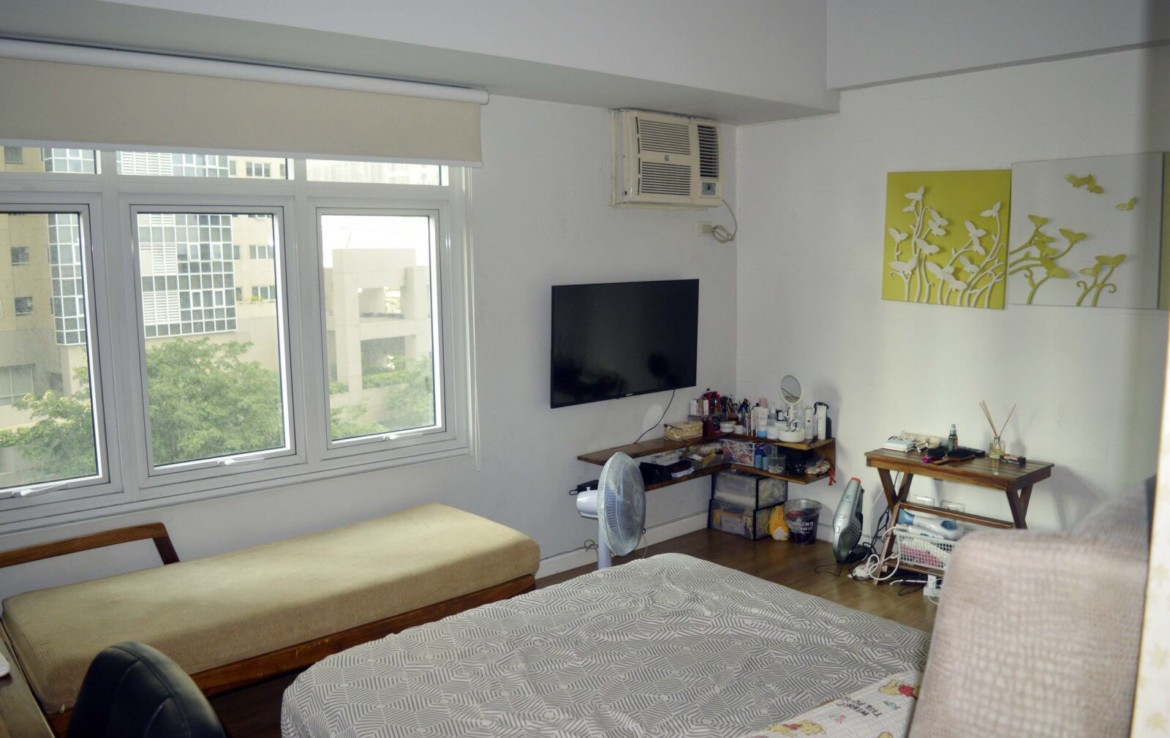 Studio Condo For Rent, Meranti at Two Serendra 3