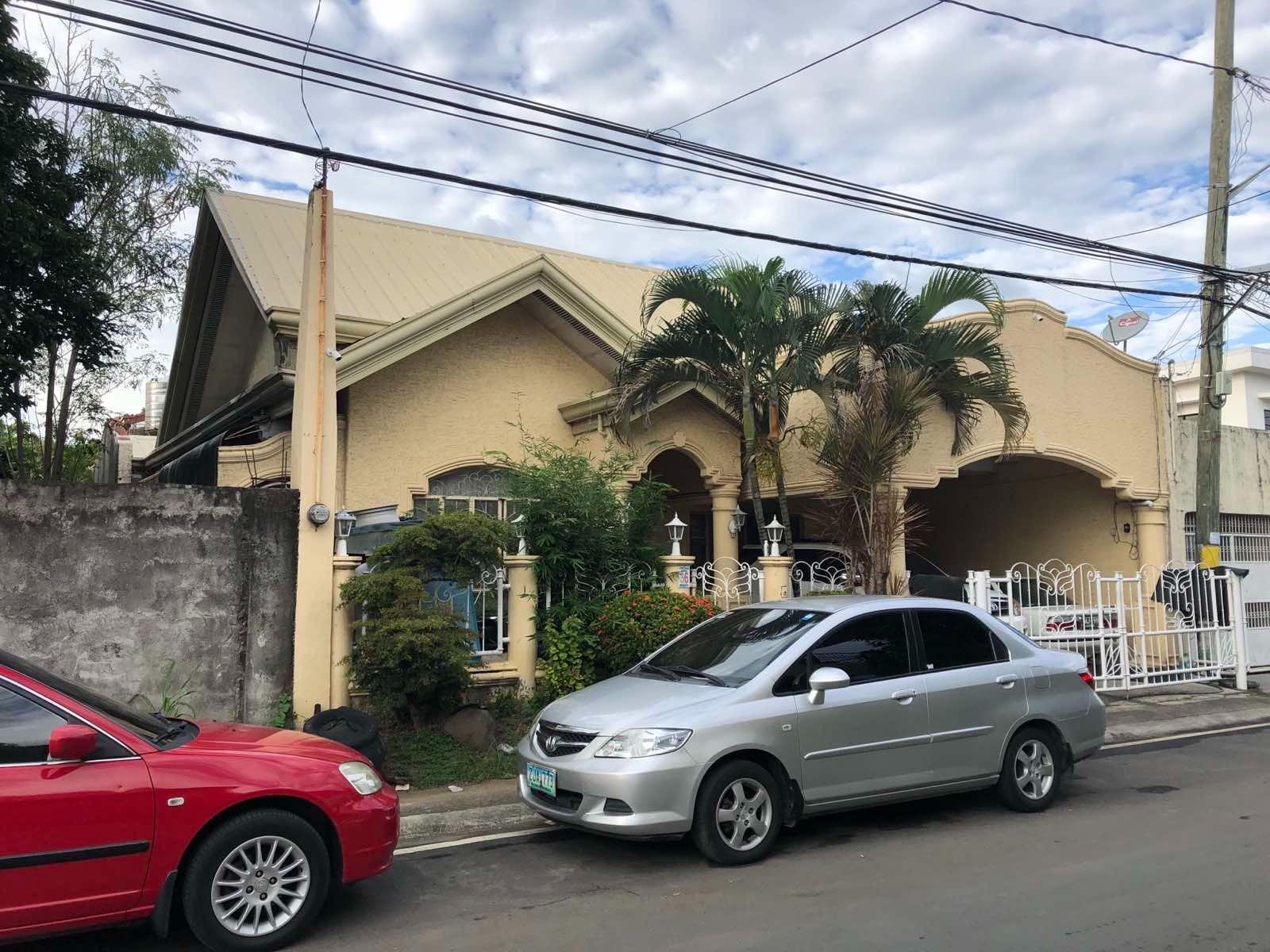 5BR House For Sale at Brgy. Pilar Village 1