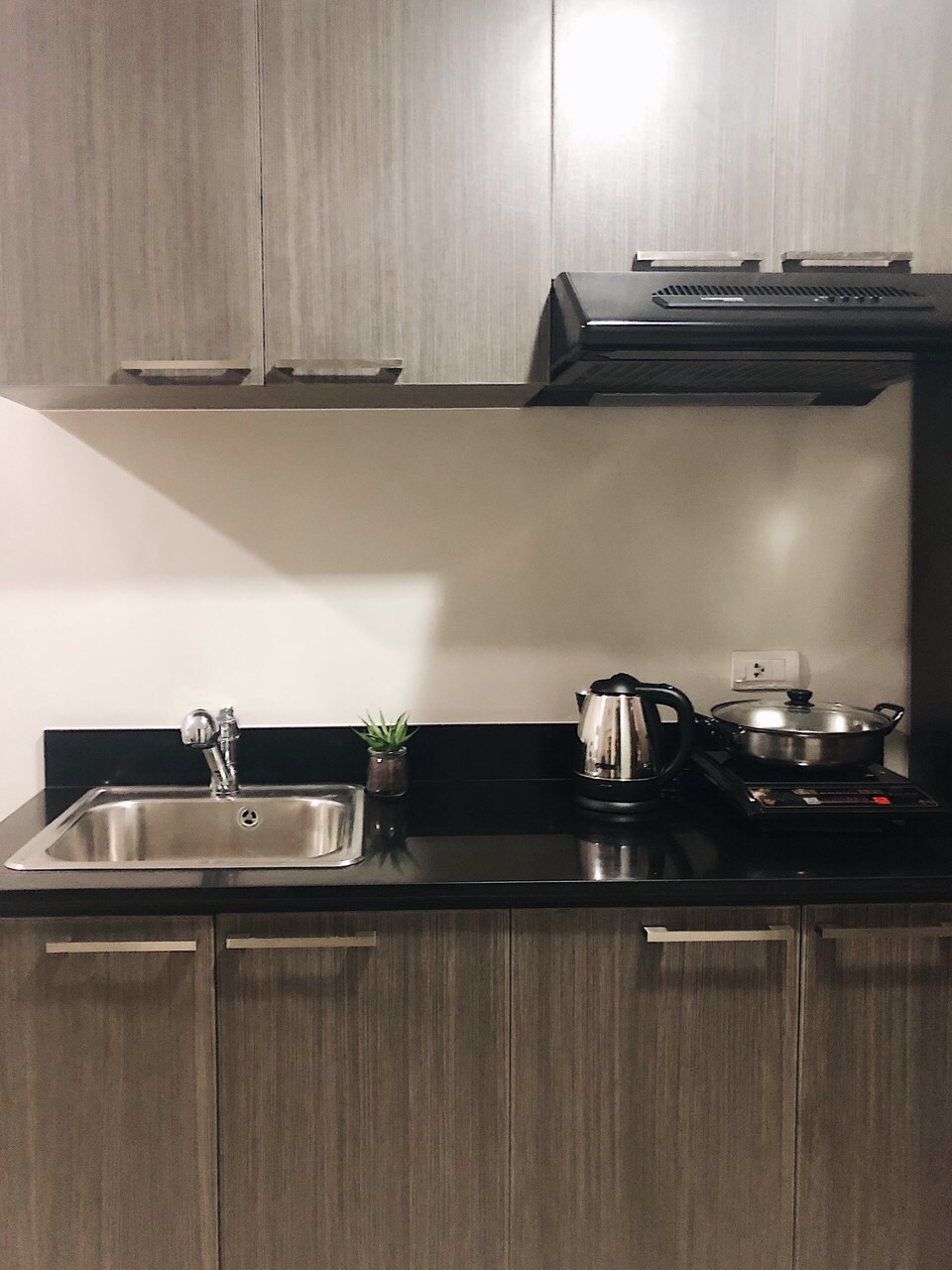 1 Bedroom For Lease at Vista Shaw, Mandaluyong City 4