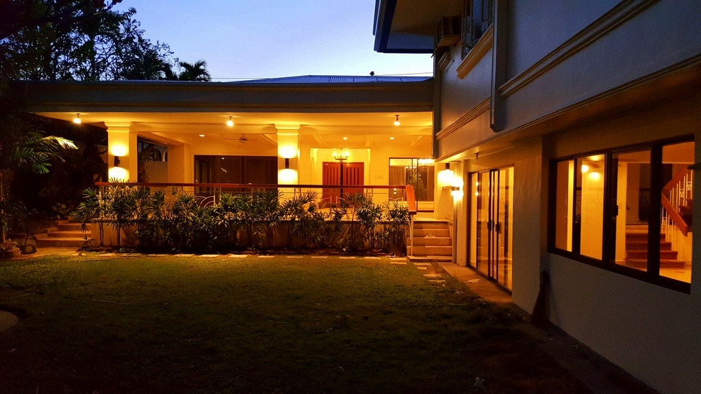 5 Bedroom House For Lease at Calumpang, Dasmarinas Village, Makati City 2