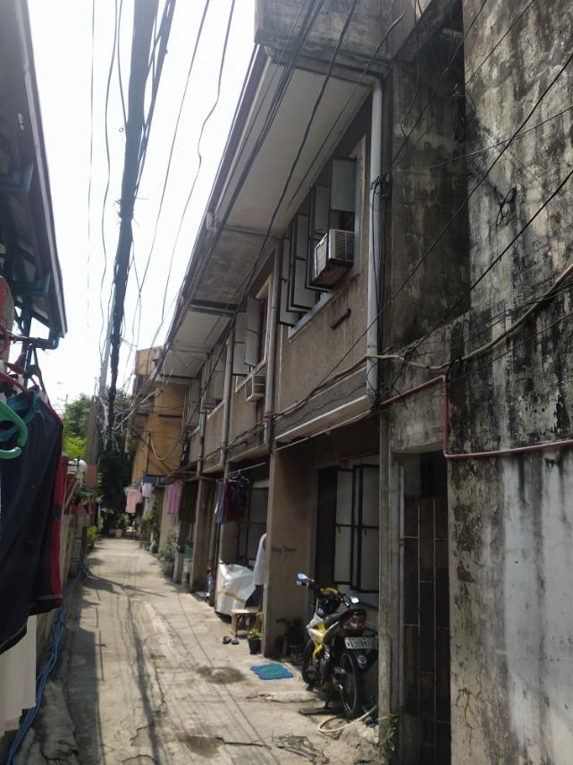 pasig building for sale