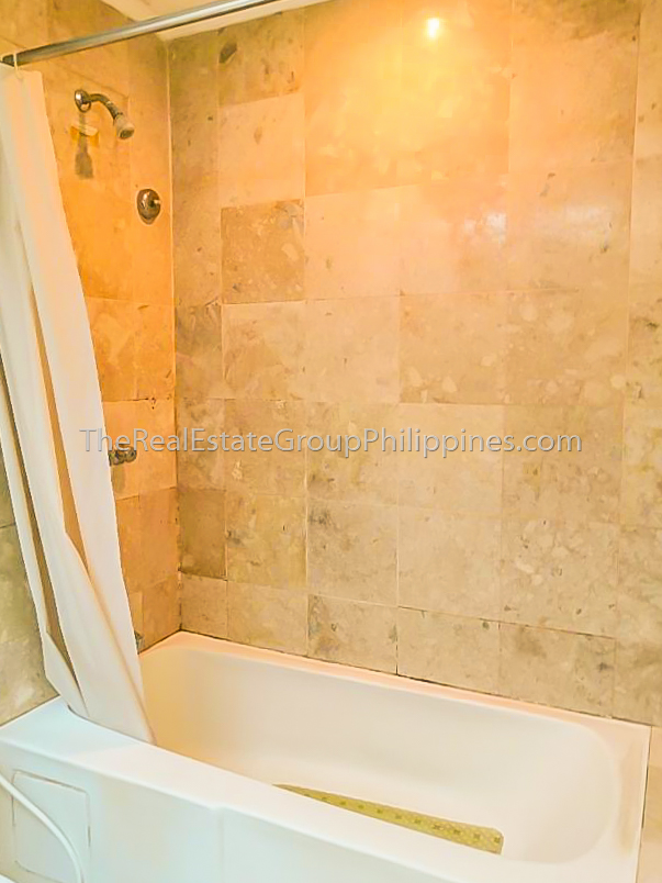 1BR Condo For Sale Oxford Suites Makati ₱4.5M (2 of 7)
