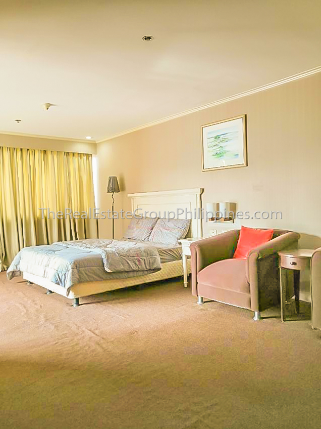 1BR Condo For Sale Oxford Suites Makati ₱4.5M (5 of 7)