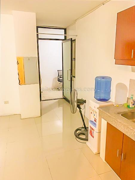 2 BR Condo For Rent Lease Jacinta Place Kapasigan Pasig 25k (1 of 9)