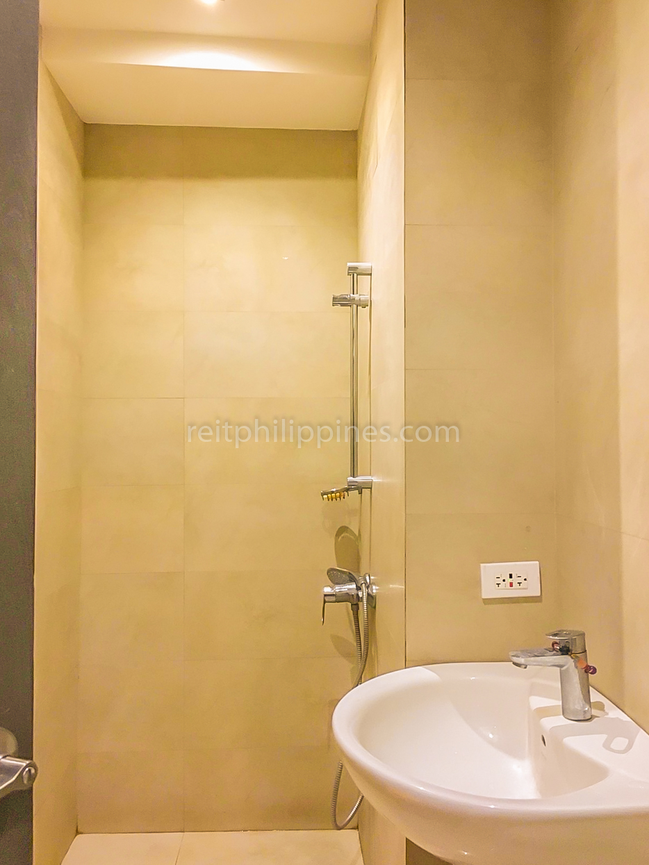 3 BR Condo For Rent Lease Milano Residences 250k (17 of 22)