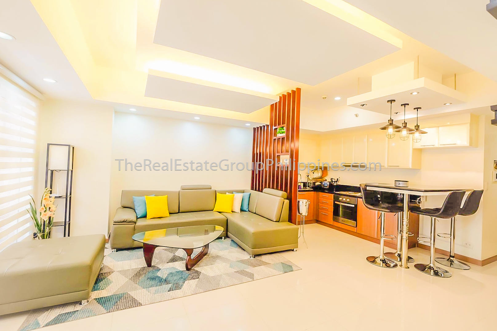 2BR Condo For Sale Venice Residences McKinley Hill Taguig (6 of 10)