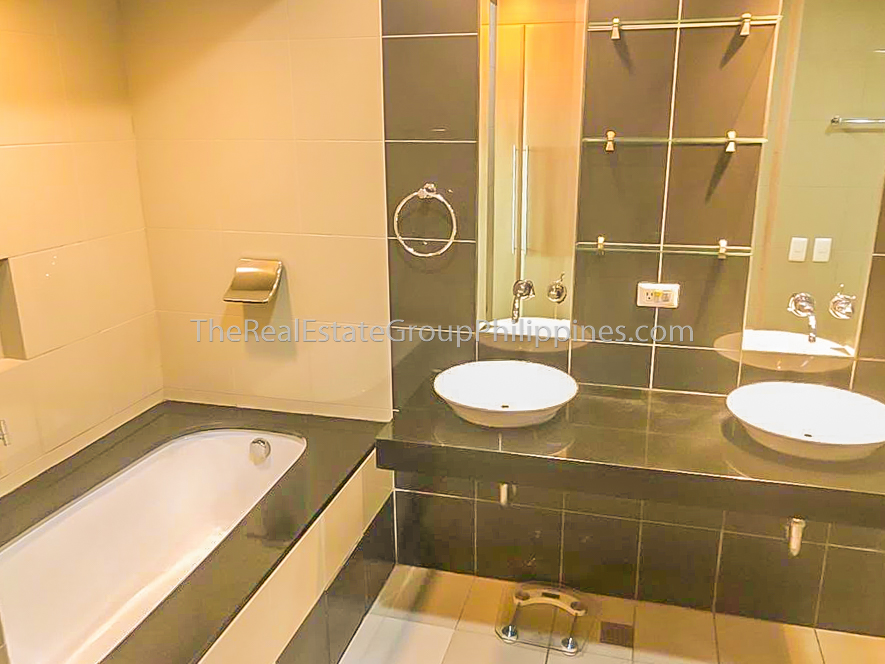 2BR Condo For Rent Lease One McKinley Place BGC 110k (6 of 6)