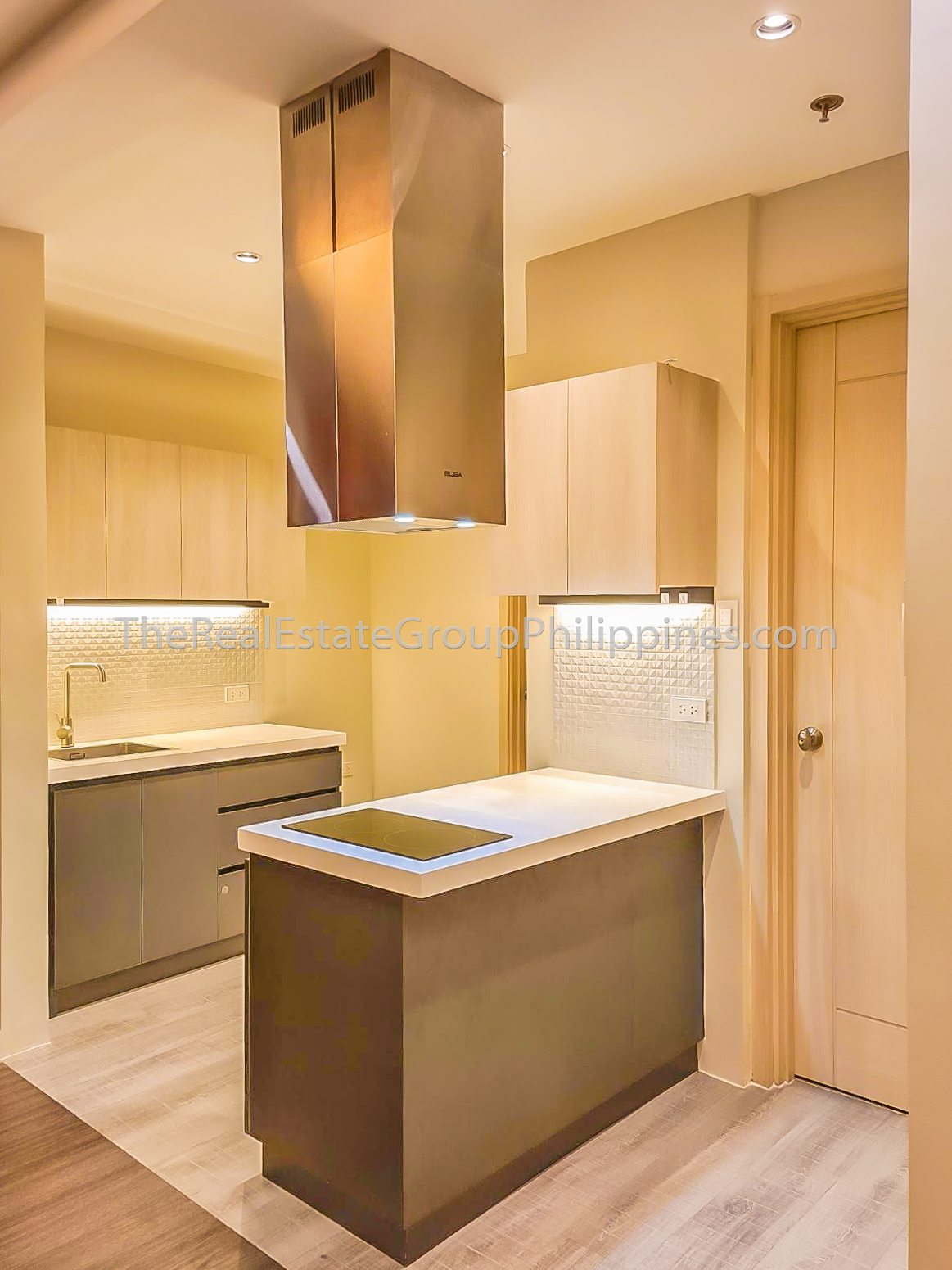 1BR Condo For Rent Lease, Icon Residences, BGC (1 of 7)