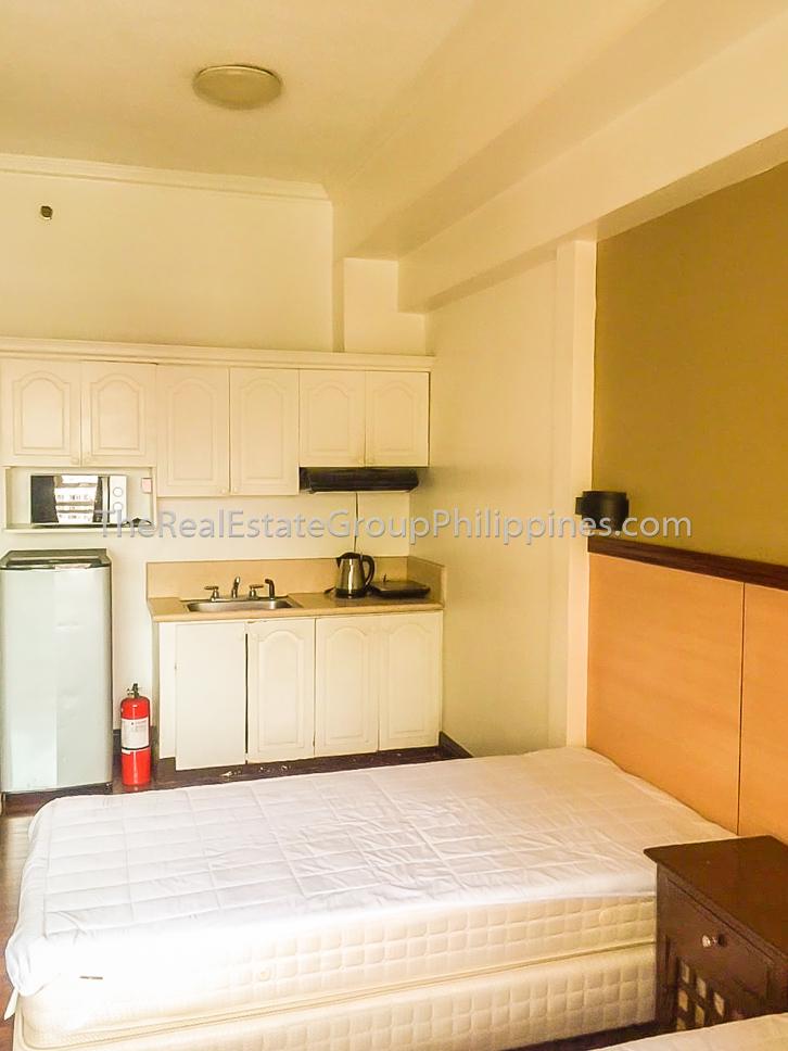 Studio Condo For Sale BSA Suites Makati 7.8M (10 of 11)