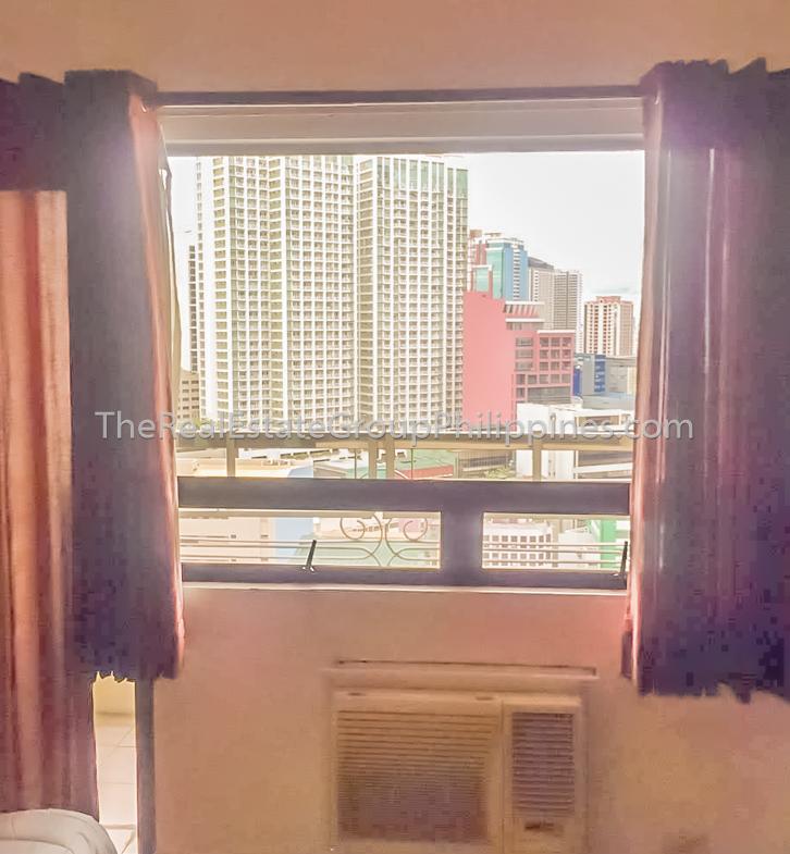 Studio Condo For Sale BSA Suites Makati 7.8M (4 of 11)