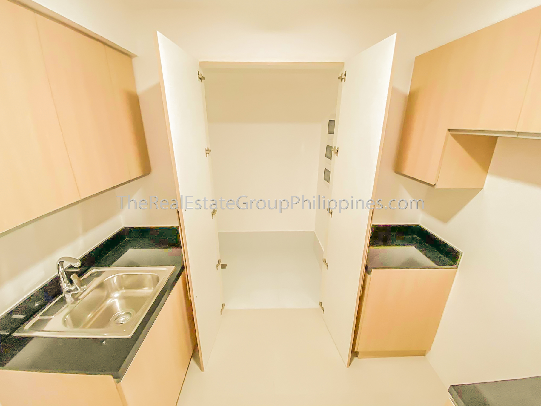 1BR Condo For Rent Lease The Veranda Arca South (5 of 12)
