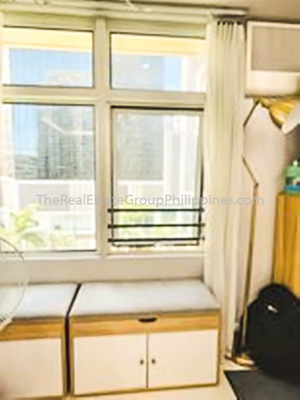 3BR Condo For Sale Encino Two Serendra 27M-1