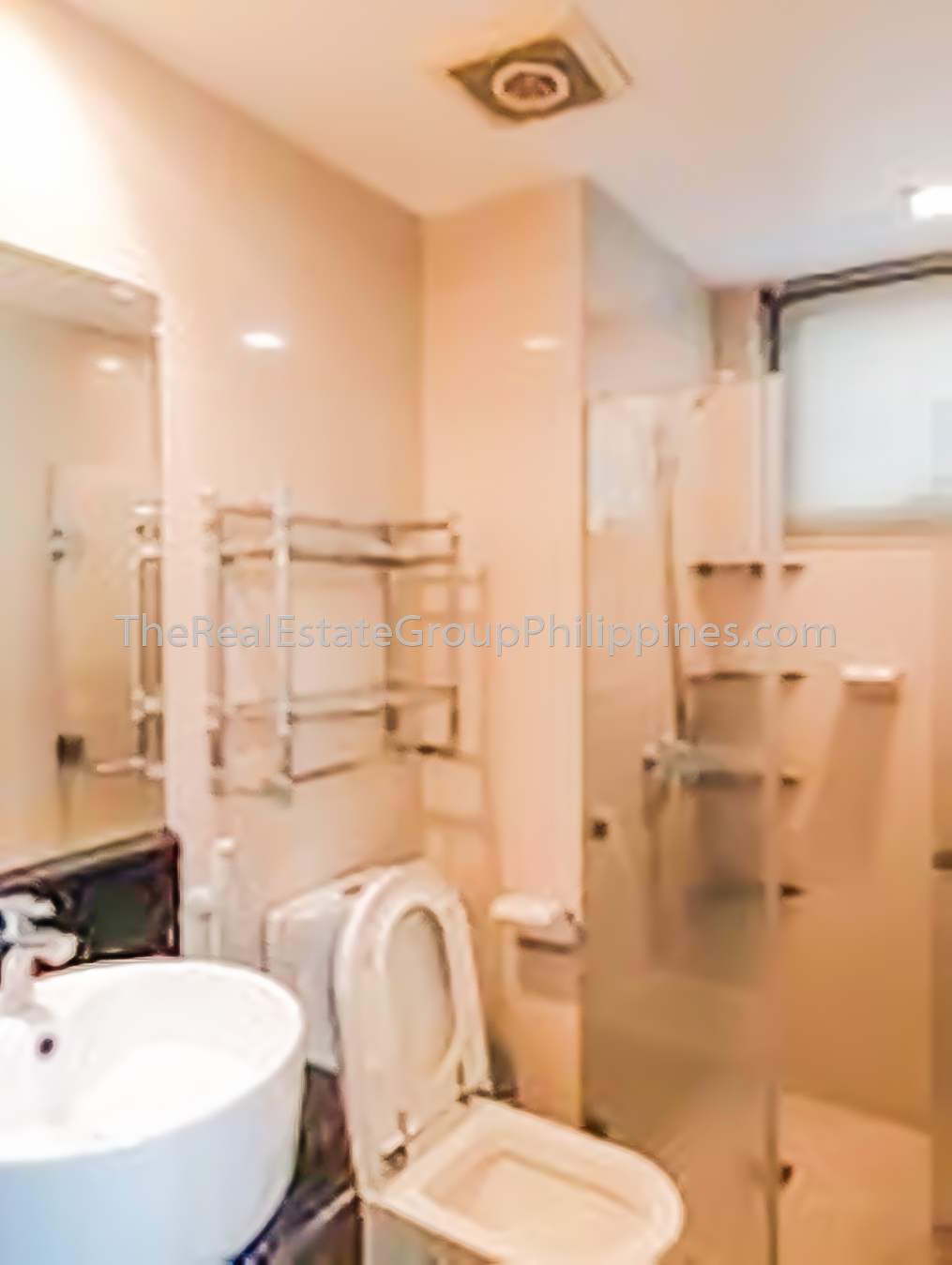 1BR Condo For Rent, 8 Forbestown Road, BGC 40K-2