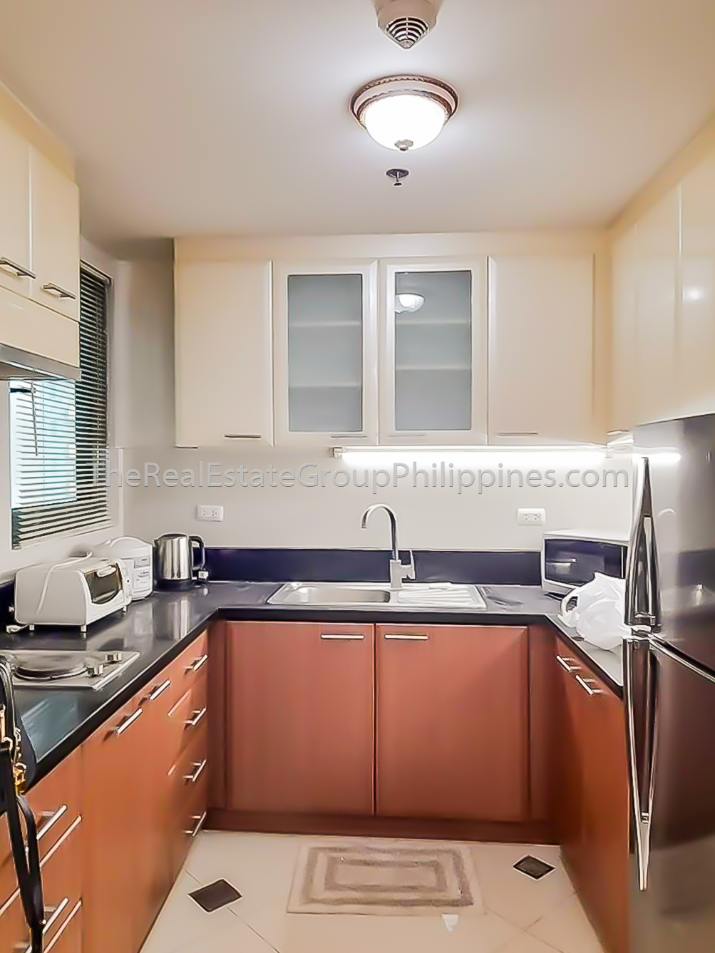 1BR Condo For Rent, 8 Forbestown Road, BGC 40K-5
