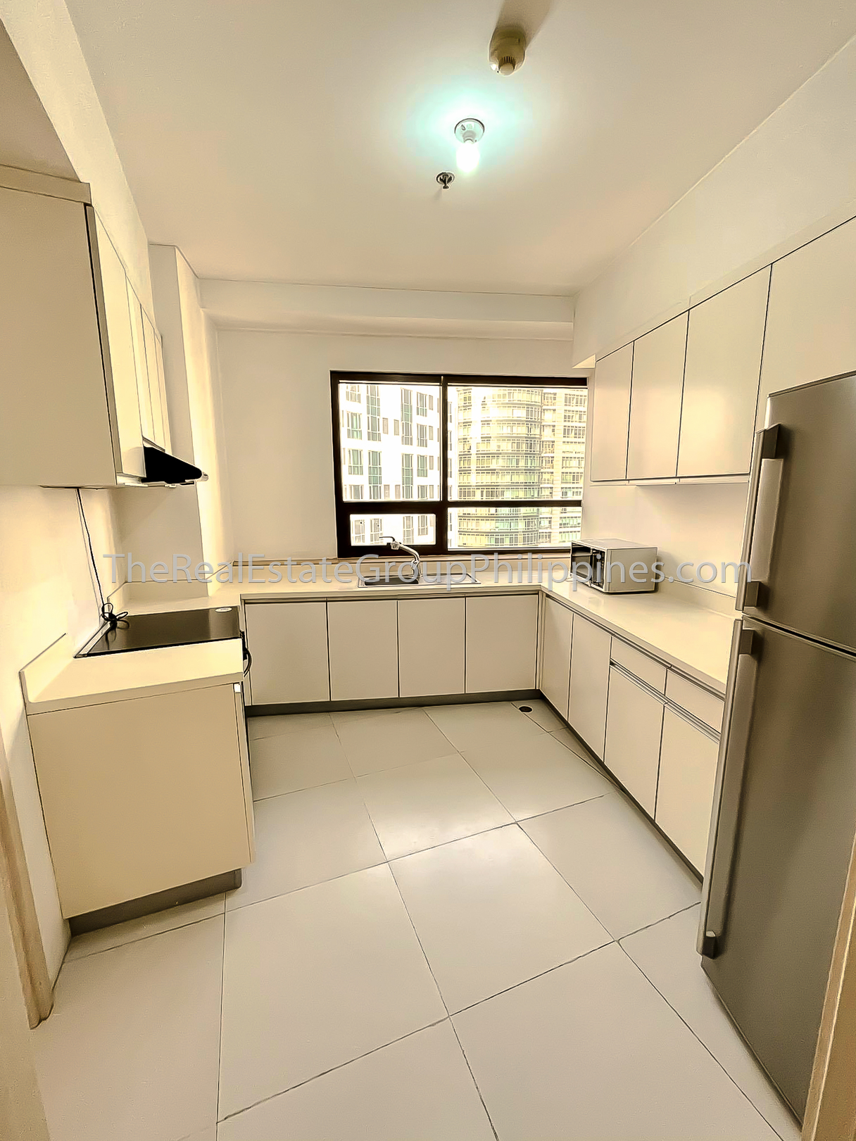 2BR Bi-Level Condo For Rent, Icon Residences Tower 1, BGC-3