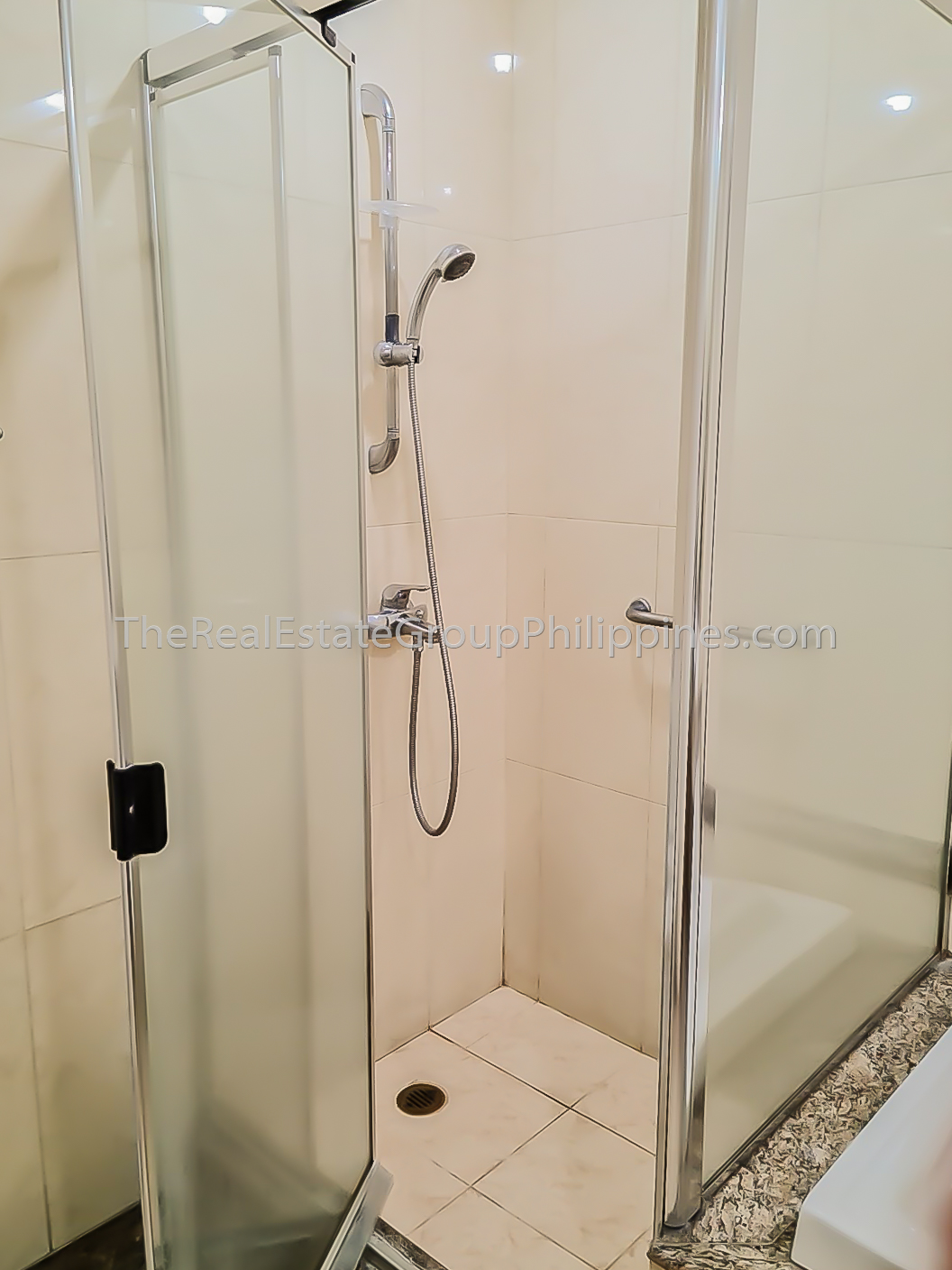 2BR Condo For Rent, The Shang Grand Tower, Legaspi Village, Makati-7