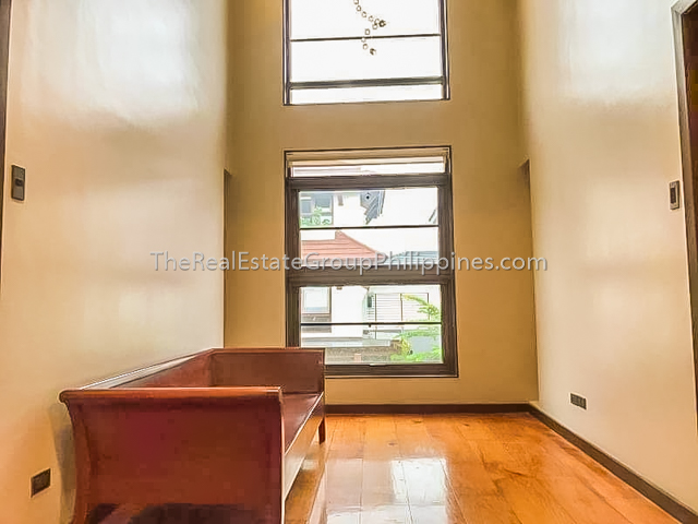 Four Bedroom House For Lease McKinley Hill Taguig11